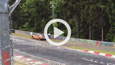 ¿Vomita en Nürburgring por culpa de su mujer?