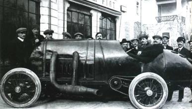 El primer viaje en 100 años del Fiat S76 de 28,5 litros