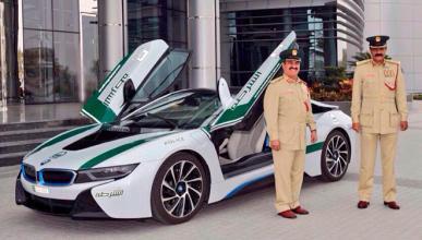 La Policía de Abu Dhabi multa a 20.000 coches