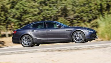 Tres Maserati retenidos por la policía por 'macarras'