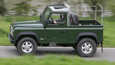 Fotos de Land Rover Defender 90 Softop