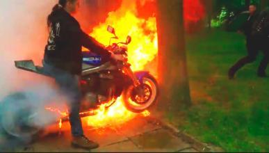 Video: como un tonto hace arder su GSXR