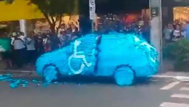 Esto te puede pasar si aparcas donde no debes...