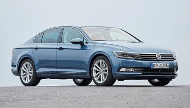 Volkswagen Passat estática