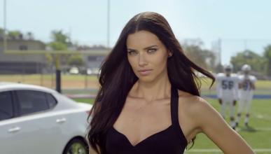 Adriana Lima anuncio kia 2