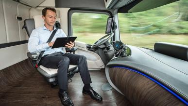 Future Truck: el camión Mercedes que conduce solo