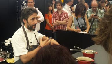 Diego Guerrero en el showcooking celebrado en el smart center de Madrid