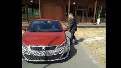 El CEO de Peugeot tuitea una exclusiva