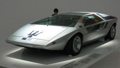 Maserati Boomerang concept car, a subasta