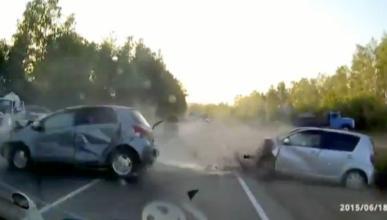Un quad provoca un brutal accidente y se da a la fuga