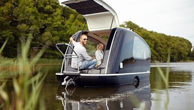 Innovadora caravana flotante que se convierte en barco