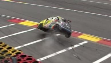 Accidente de un Fiat 500 Abarth en Spa-Francorchamps