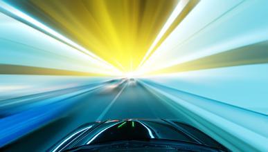Tecnologías que traen ventajas y peligros a la conducción