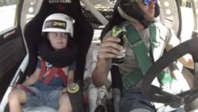 Vídeo: El padre del año (si hace esto a su hijo)