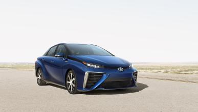 Toyota Mirai o Tesla Model S P85D, ¿cuál es más eficiente?