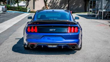 ford mustang trufiber trasera