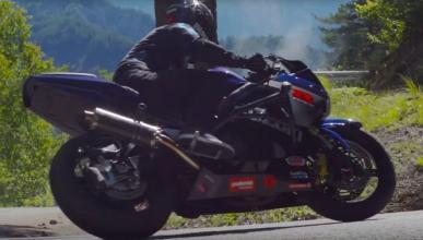Thibaut Nogues y sus derrapes con una Suzuki GSX-R