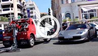 Esto es lo que pasa si aparcas mal un Ferrari en Canes