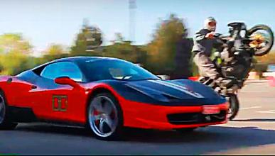 Vídeo: Ferrari contra Kawasaki, duelo 'drifting'