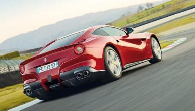 El motor de un Ferrari F12berlinetta se incendia en Turquía
