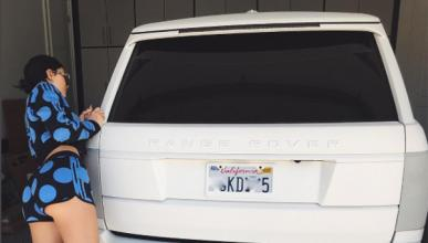 Kylie Jenner Range Rover Autobiography