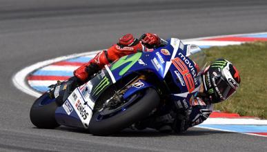 Libres MotoGP Silverstone 2015: Lorenzo manda sobre Márquez
