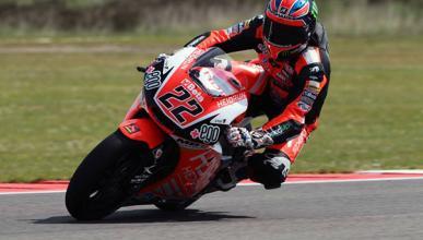 Libres Moto2 Silverstone 2015: Lowes, profeta en su tierra