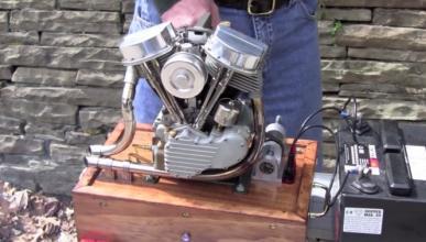 Una tremenda réplica a escala de un motor Harley-Davidson
