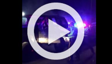Chocando con la policía no te libras de la multa