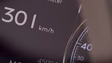 El Bentley Bentayga acelera y acelera ¡hasta 301 km/h!