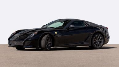 Ferrari 599 GTO negro