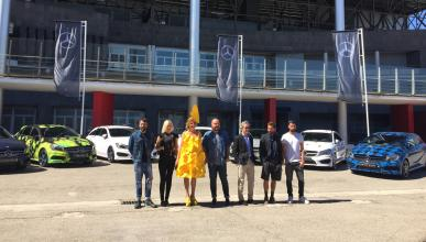 Mercedes de diseño MBFWM 2015