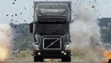 Así se destruye un camión Volvo
