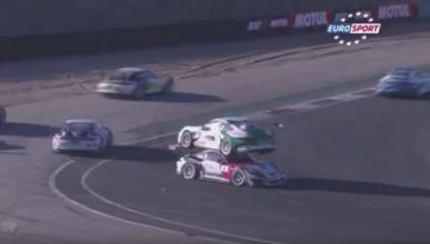 Video: el accidente de dos Porsche que causa furor en redes