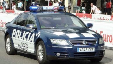 La Policía de Madrid estrella su VW Phaeton
