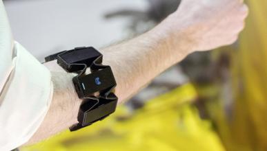 pulsera control gestos montaje virtual