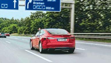 Actualización del piloto automático Tesla: llega el jueves