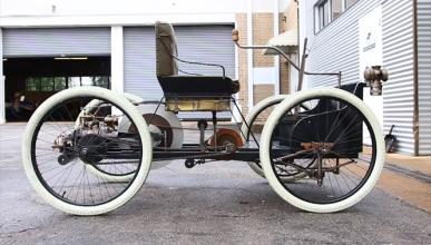Curioso: así se conduce el primer coche de Henry Ford