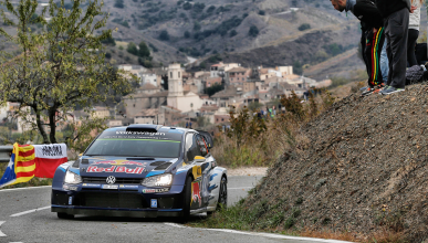 Rally Cataluña 2015: Mikkelsen gana tras accidente de Ogier