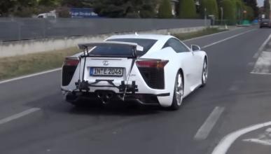 ¿Qué hace Lamborghini grabando el sonido de un Lexus LFA?