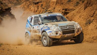 Mitsubishi vuelve al Dakar con Rubén Gracia y Diego Vallejo