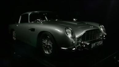 Aston Martin DB5 James Bond a escala