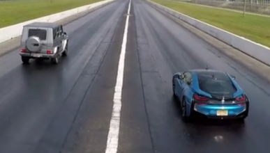 Drag Race: Mercedes G63 contra BMW i8
