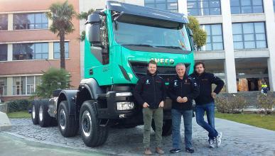 Pep Vila visita la fábrica de Iveco antes del Dakar 2016
