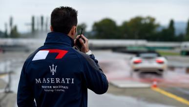 instructores del curso de conducción de Maserati