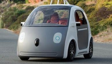 Los primeros coches de Google casi chocan entre sí