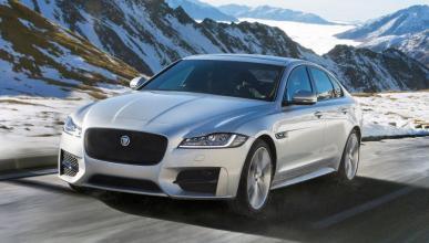 Jaguar XF 2017 tres cuartos delantero