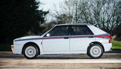 Lancia Delta Integrale HF Martini  lateral