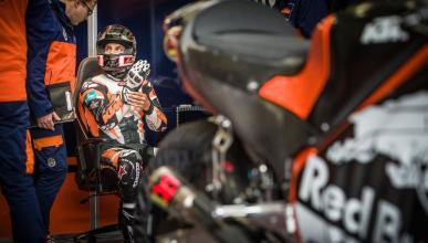 KTM va en serio. Luthi y De Puniet, probadores de MotoGP