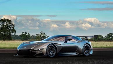El primer Aston Martin Vulcan ya está a la venta